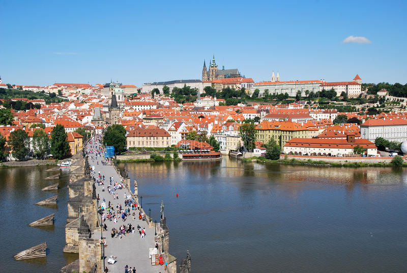 Charles brigde in Prag lizenzfreie stockbilder