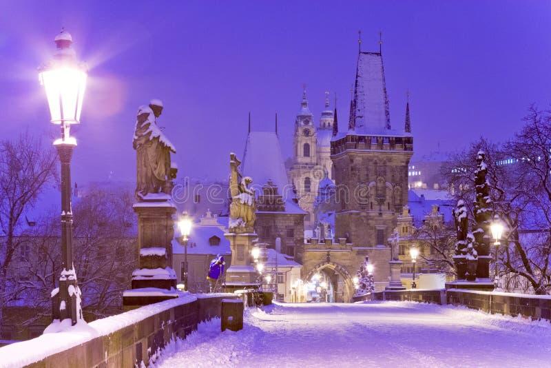 Charles-brug, de Oude toren van de Stadsbrug, Praag (Unesco), Tsjechisch r royalty-vrije stock afbeelding