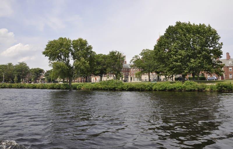 Charles brzeg rzeki od Cambridge w Massachusettes stanie usa obrazy stock