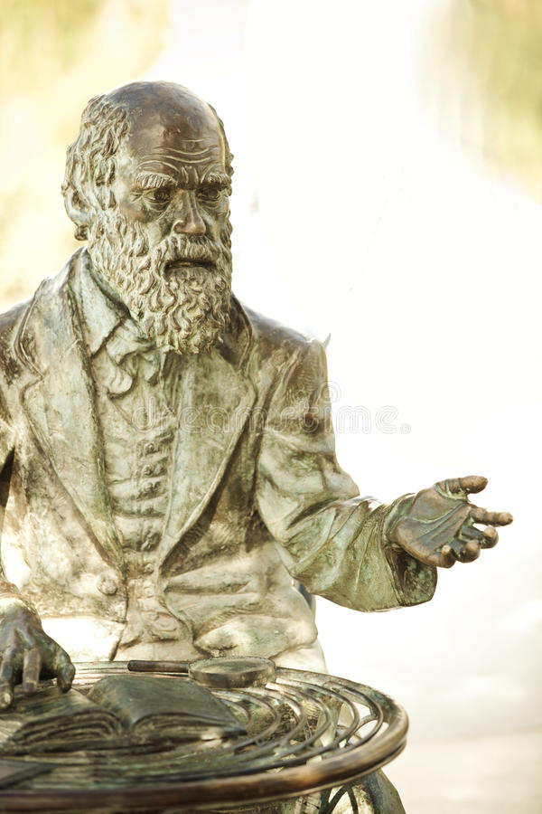 Charles- Darwinstatue lizenzfreie stockfotografie