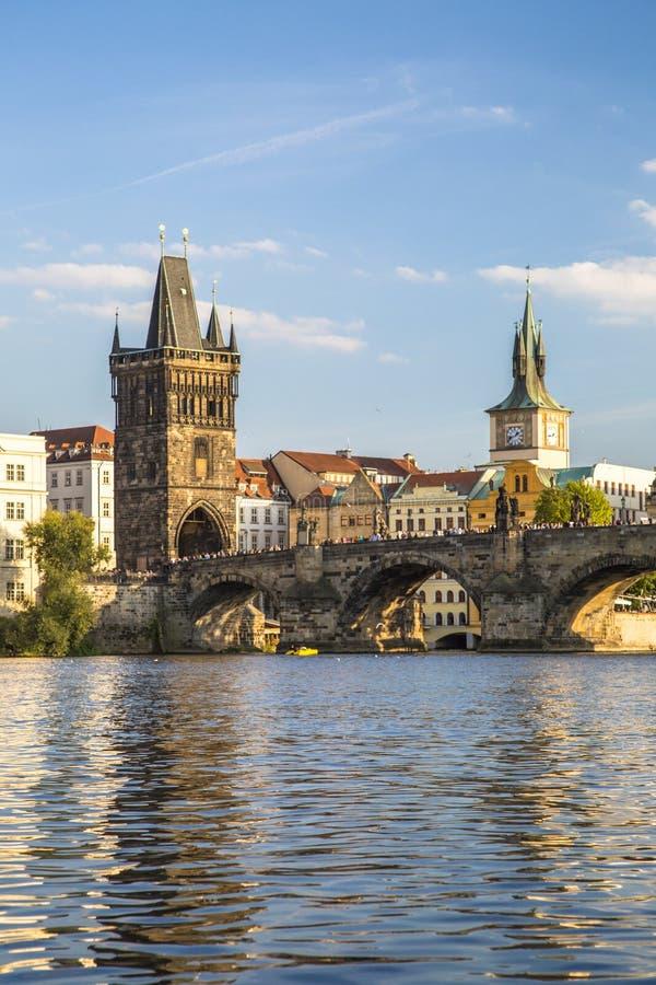 Charles punkt obserwacyjny i most górujemy w Praga, republika czech zdjęcia royalty free