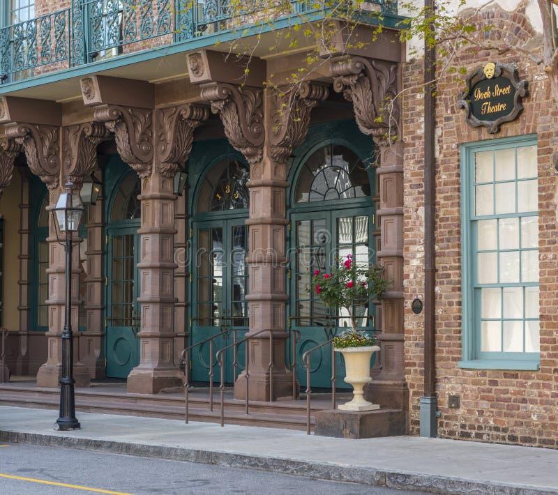 CHARLESTON, Carolina del Sur 23 de marzo de 2018: Teatro de la calle del muelle, Charleston, Carolina del Sur fotografía de archivo libre de regalías