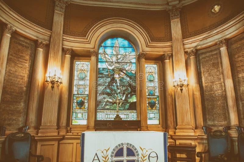 CHARLESTON, SC - 6 DE ABRIL DE 2018: Interior de St Michael Church Mim fotografia de stock royalty free