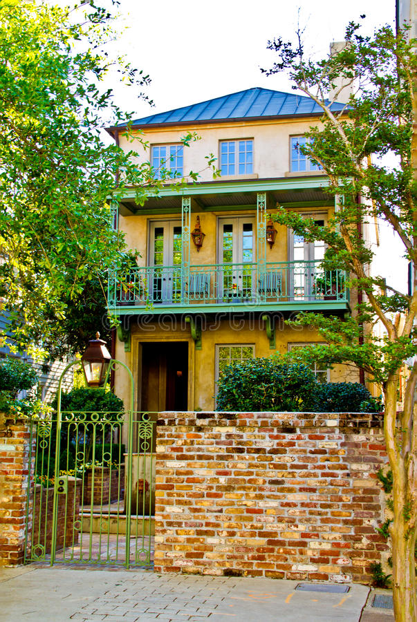 A Charleston SC home in the old style stock photo