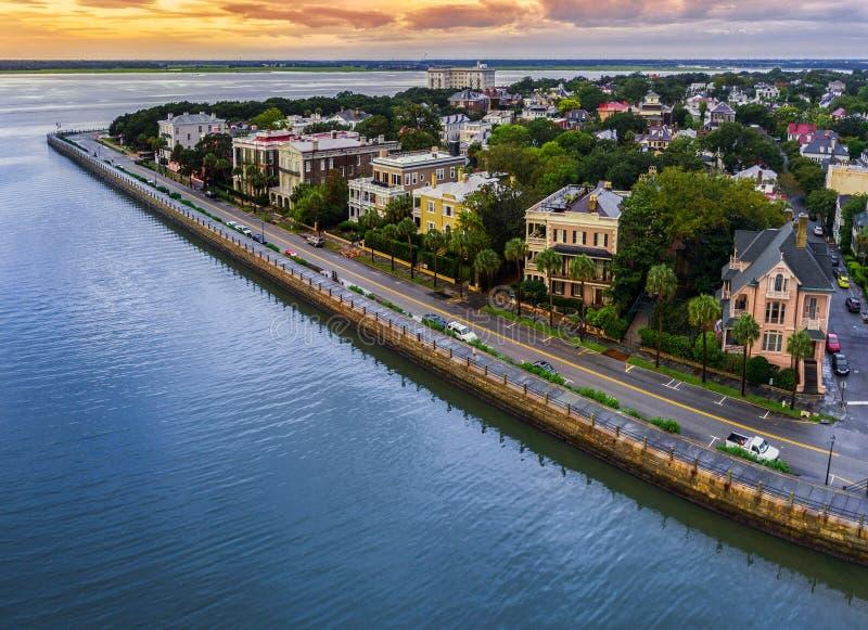 Charleston, SC linia horyzontu podczas zmierzchu zdjęcie royalty free
