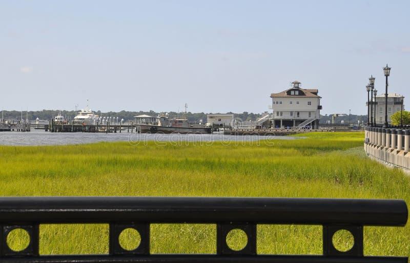 Charleston SC, Sierpień 7th: Jachtingowy schronienie od Charleston w Południowa Karolina obrazy royalty free