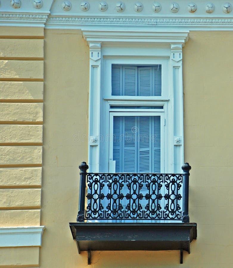 Charleston South Carolina Battery Historic fönster royaltyfria foton