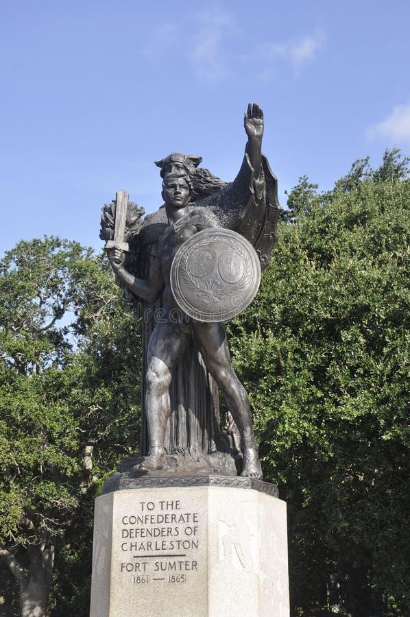 CharlestonSC, Augusti 7th: Monument av förbundsmedlemförsvarare av charlestonen från charleston royaltyfri bild