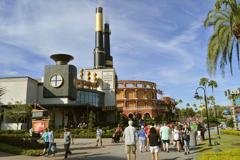 Charlies chokladEmporium i den universella Orlando Studios royaltyfri bild