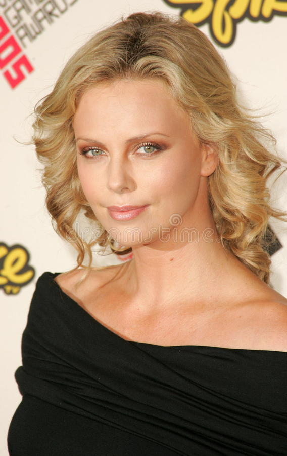Charlize Theron images libres de droits
