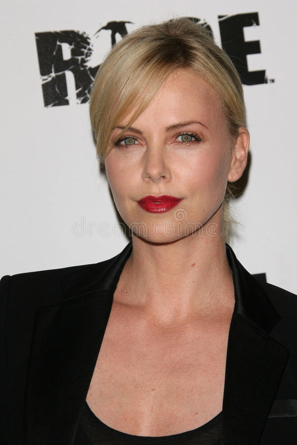 Charlize Theron, Woede stock fotografie