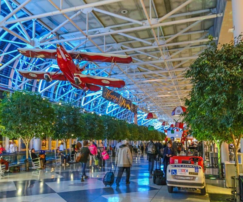 Charlotte Douglass North Karolina Lotniskowy Terminal obrazy royalty free