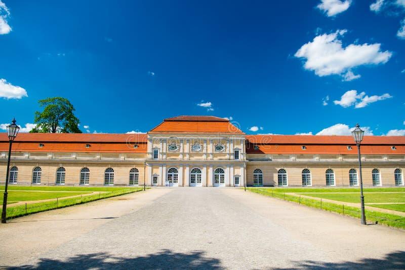 Charlottenburg ogród w Berlin i pałac, Niemcy muzeum historycznym miejsca przeznaczenia miejsce dla turystów podróżuje wokoło fotografia stock