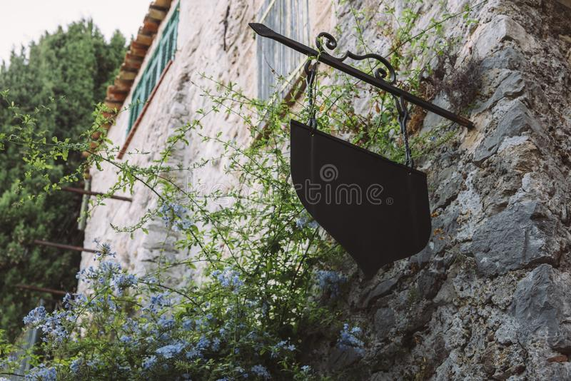 Charma det Provencal huset i Eze, ` Azur, Frankrike för skjul D arkivbilder