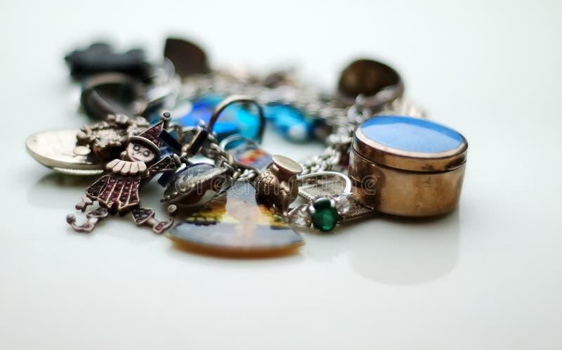 Charme-Armband stockbilder