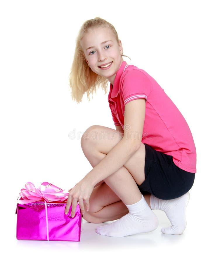 Black teens girls short pink 1