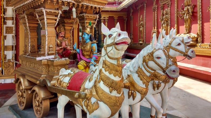 Charriot con signore Shiva, tempio Mangalore, India fotografia stock libera da diritti
