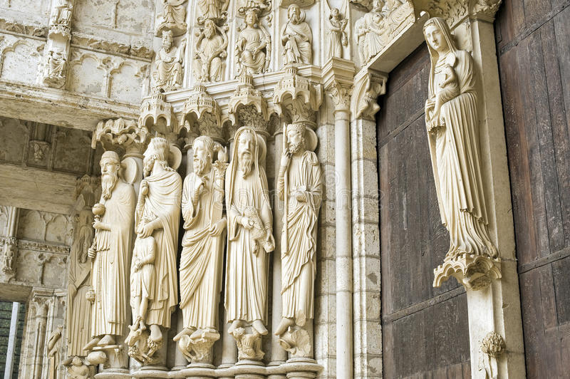 Download Chartres - Cathedral stock photo. Image of door, religious - 26671244