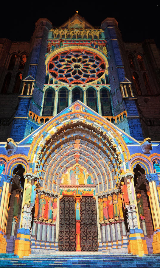 Download Chartres Iluminacja Obraz Editorial - Obraz: 20840455