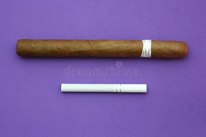Charuto/cigarro imagem de stock