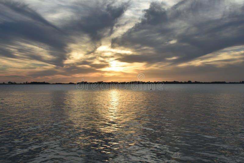Chascomús lagun, Buenos Aires royaltyfri fotografi