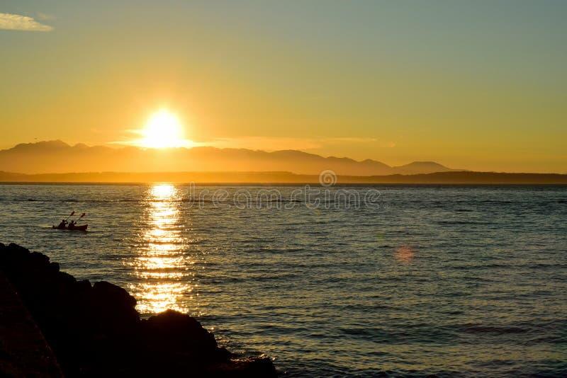 Chasse du coucher du soleil images libres de droits