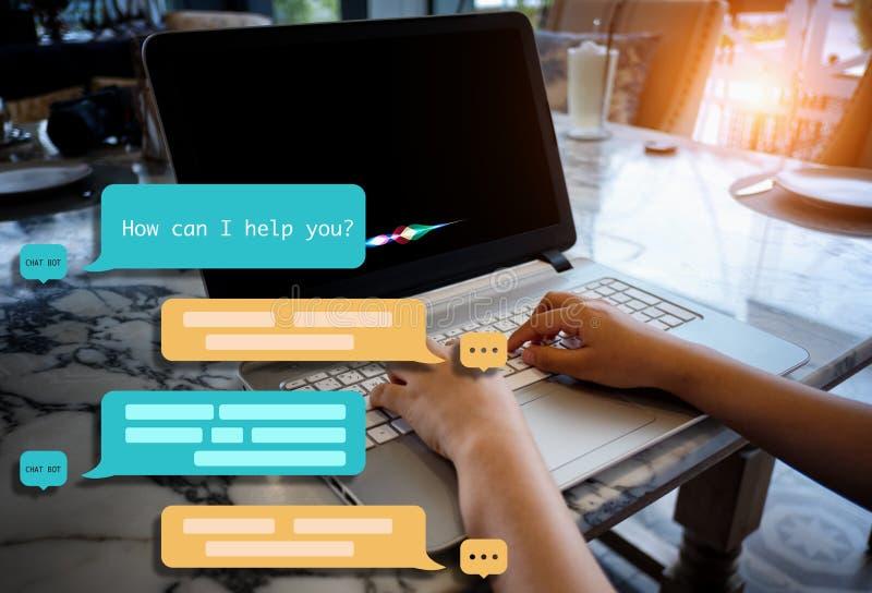 Chat Botassistent für Zukunft lizenzfreie stockbilder