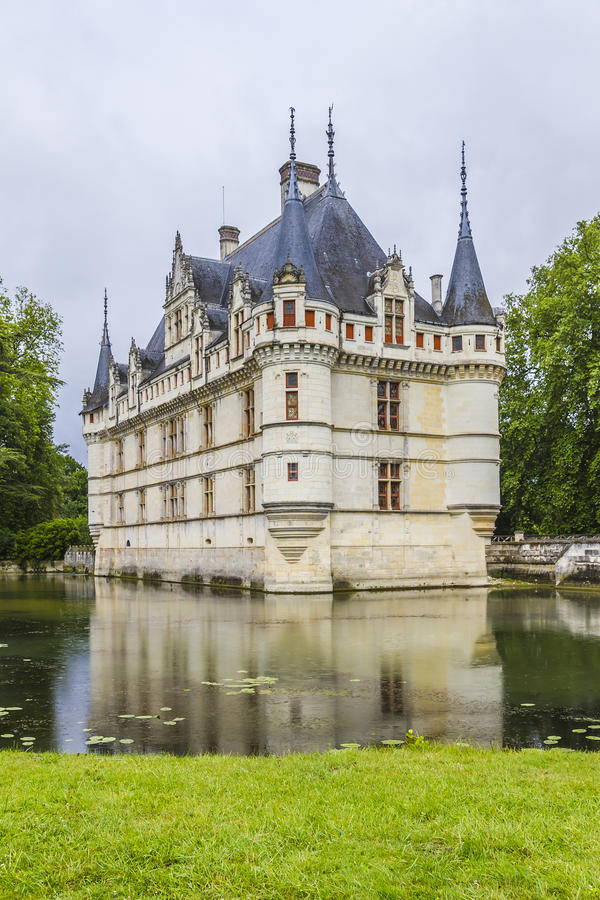 Free Chateau Azay-le-Rideau, Earliest French Chateaux Royalty Free Stock Image - 27429166