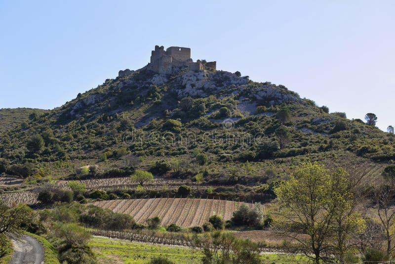 Chateau D ` Aguilar in Frankrijk stock fotografie