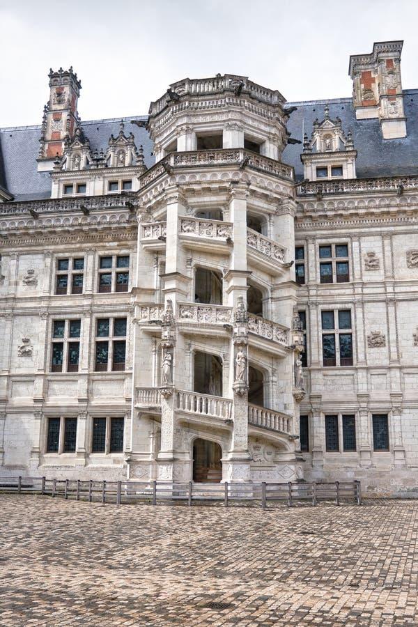 chateau de Blois。 著名螺旋形楼梯 免版税库存照片