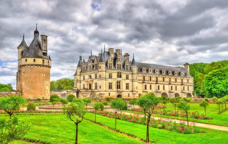 Chateau de Chenonceau på den Cher floden - Frankrike royaltyfria foton