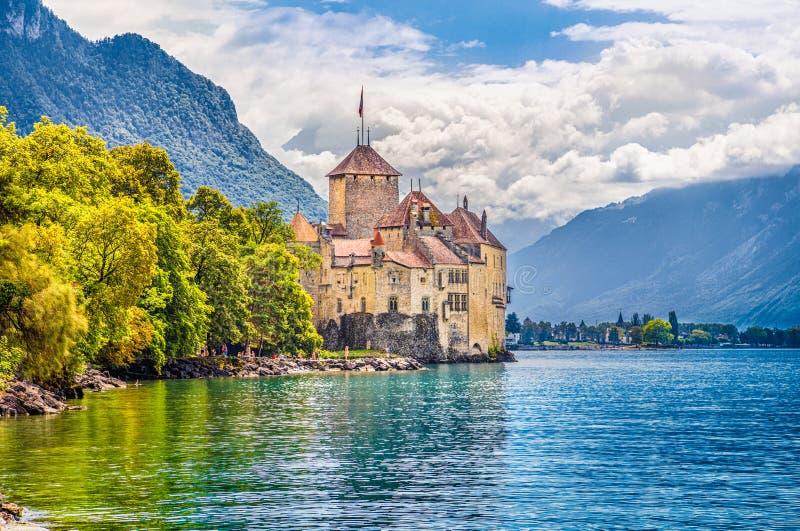 Chateau de Chillon på sjöGenève, kanton av Vaud, Schweiz arkivbilder