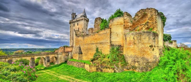 Chateau DE Chinon in de de Loire-Vallei - Frankrijk stock afbeeldingen