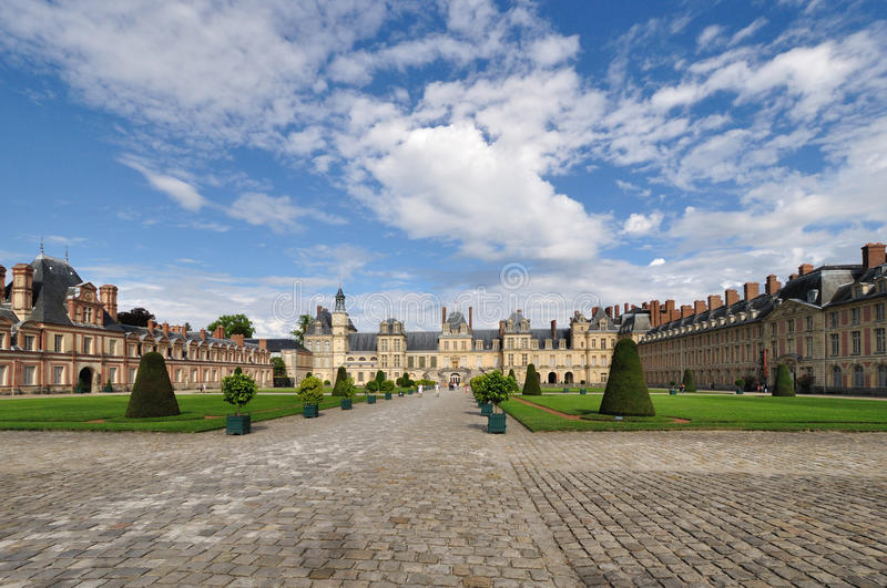Chateau De Fontainebleau Royalty Free Stock Image