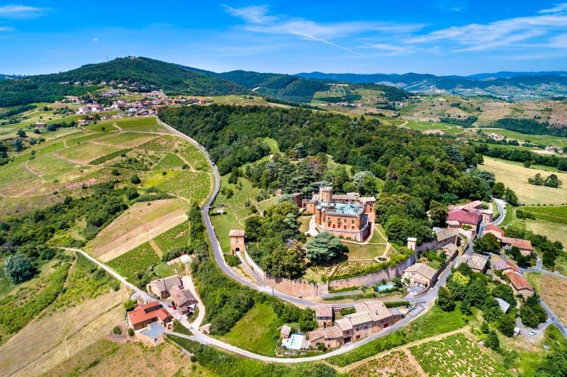 Chateau de Montmelas, ένα μεσαιωνικό κάστρο στο τμήμα Ροδανού Γαλλίας στοκ εικόνες