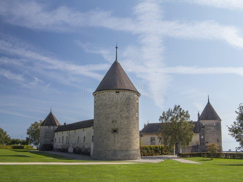 Chateau de Rolle bei Rolle am Geneva See, die Schweiz 1 stockbilder