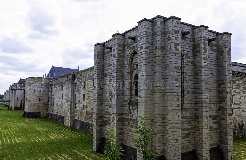 Chateau de Vincennes - massiv fransk kunglig fästning för 14th och 17th århundrade i staden av Vincennes, Frankrike royaltyfria foton