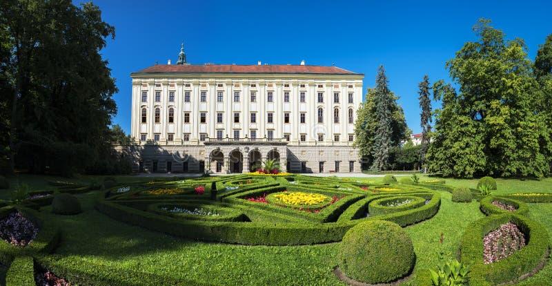 Chateau-Garten (UNESCO) in Kromeriz lizenzfreies stockbild