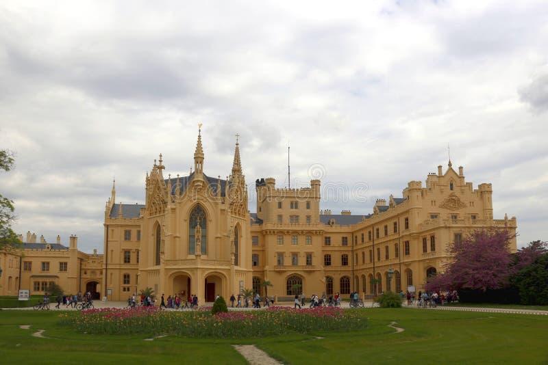 Chateau Lednice i Tjeckien arkivbild