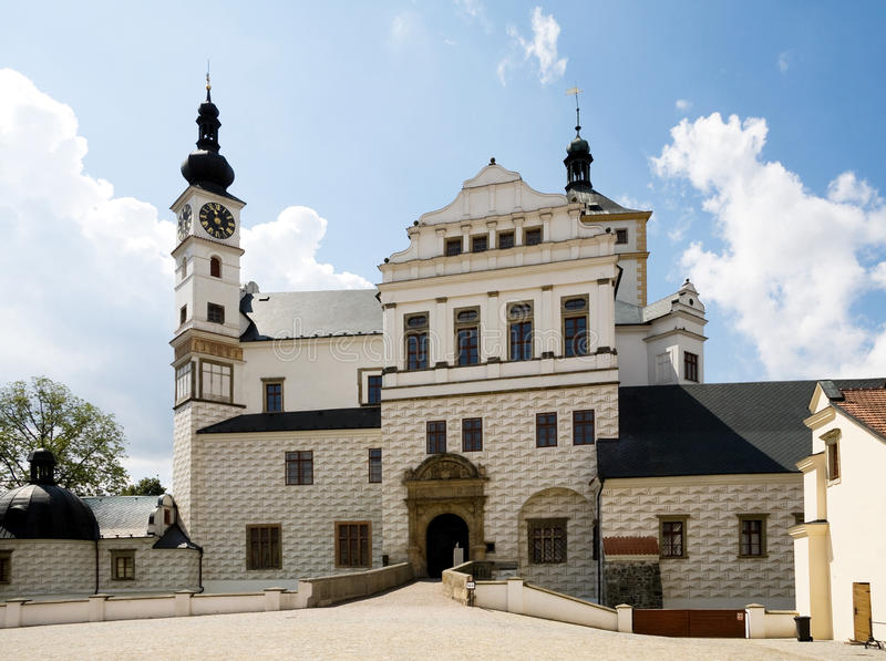 Chateau Pardubice stockbilder