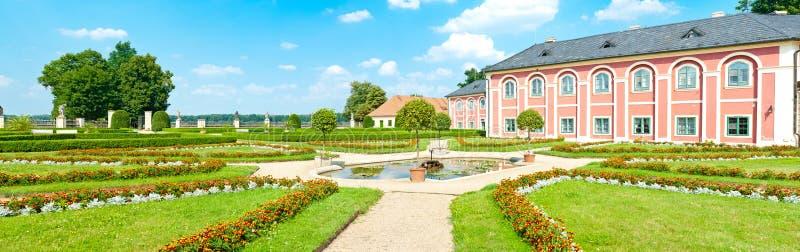 Chateau Veltrusy royaltyfri bild
