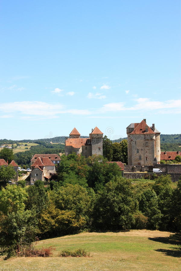 Chateaux in Curemonte, Limousin, Frankrijk stock afbeelding