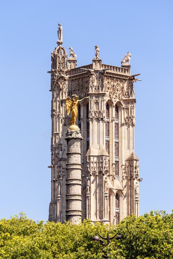 Chatelet,巴黎圣雅克塔和喷泉  库存照片