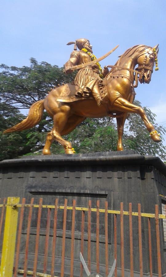 chatrapati (国王) shivaji maharaj雕象,在sangli (印度) 库存图片