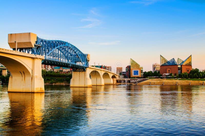 Chattanooga céntrica, Tennessee en la oscuridad imágenes de archivo libres de regalías