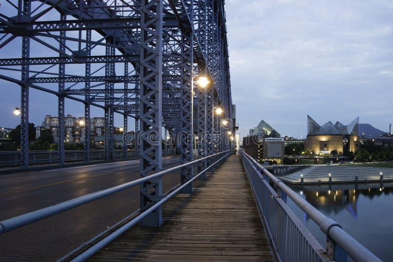 Chattanooga på natten arkivbild