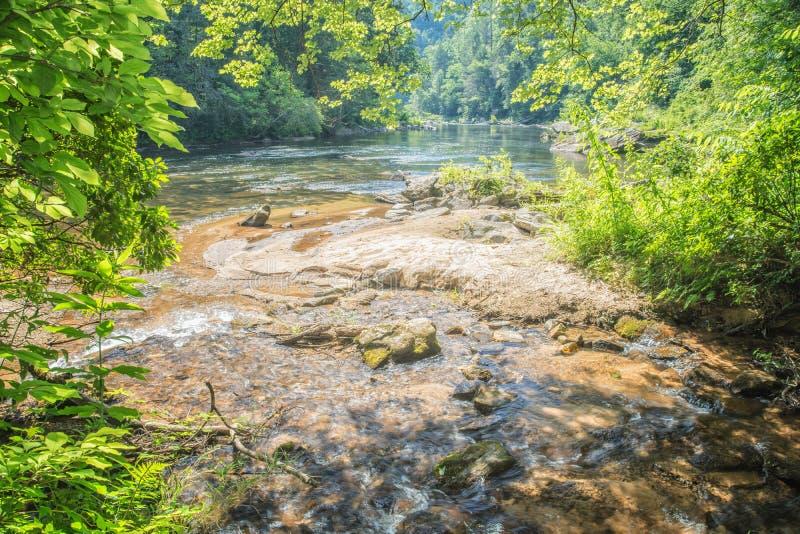 Chattooga lös och scenisk flod, GA/SC royaltyfri fotografi