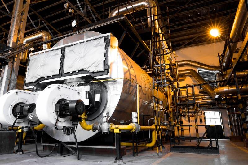 Chaudière industrielle moderne, intérieur de bâtiment industriel photographie stock
