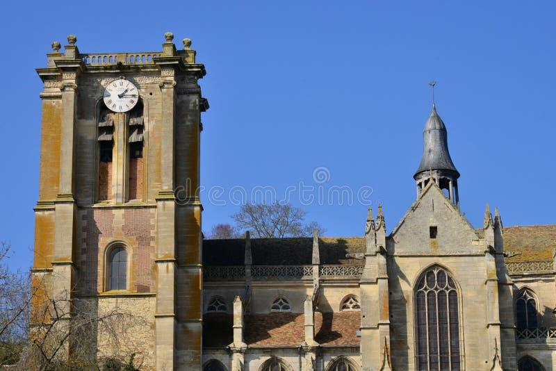 Chaumont Engelse Vexin, Frankrijk - maart 14 2016: kerk royalty-vrije stock foto