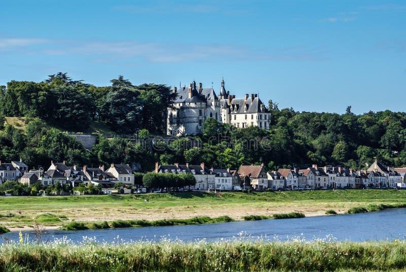 Chaumont sura Loire wioska i kasztel, loir-et-cher, Francja zdjęcie royalty free